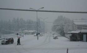 Зошто снегот има бела боја?