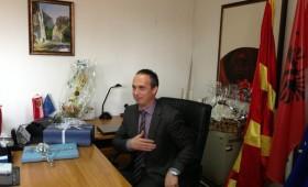 Дехари започна да брка Македонци од работа