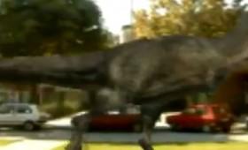 ВИДЕО: Забележан диносаурус по Булевар Ослободување во Кичево