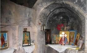 Осквернавена уште една црква во Дебарско