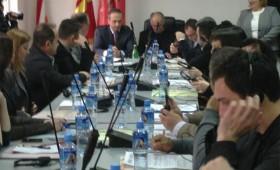 Советниците Македонци ја напуштија седницата на советот на општина Кичево