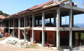 ФОТО: Напредува изградбата на новите конаци на манастирот Света Богородица Пречиста