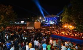 ФОТО: Спектакуларно отворање на Пиво фест и нов рекорд!