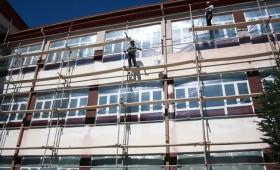 Реконструирана фасадата на најстарото училиште во Демир Хисар