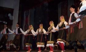 ФОТО: Танец и Коло со сиот блесок пред кичевчани