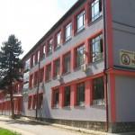 Над 160 кичевски средношколци немаат превоз, од општината недостапни за одговор