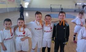 Младите кичевчанчиња се вратија со сребрен медал (фото + видео)