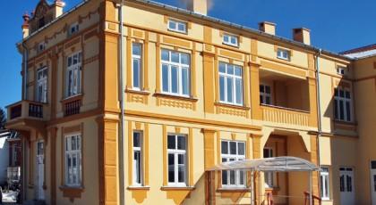 Реставрирана фасада на староградска куќа во Кичево