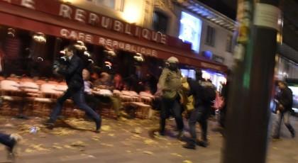 Наш кичевчанец директно од Париз: Цел град е блокиран, војската и полицијата се наулиците